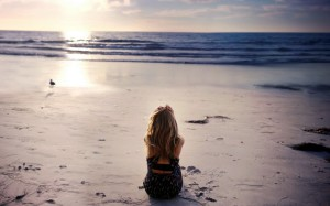 Girl-Sitting-by-Beach-Lonely-Must-be-Early-Morning-With-Peaceful-Sea-and-Rising-Sun-Things-Are-Going-Good-HD-Attractive-Women-Wallpaper-1024x640